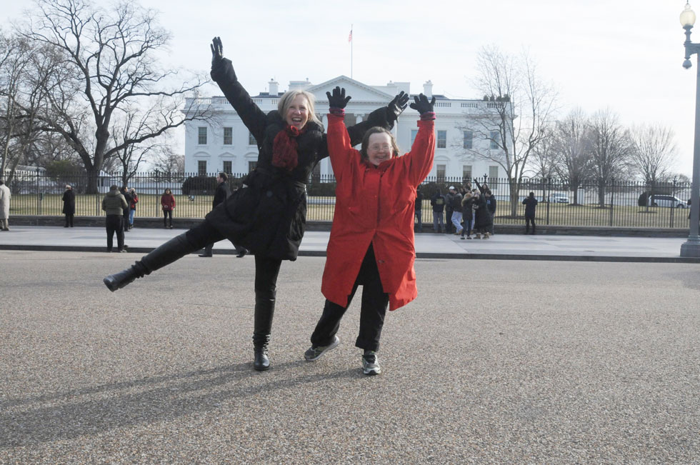 Teresa and Franke Dance in front of the White House in Washington DC